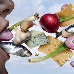 Tránh xa 5 loại thực phẩm khiến miệng có mùi khó chịu